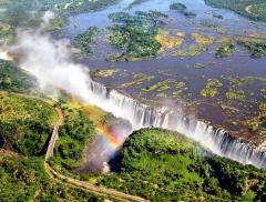 Lo spettacolo dell'acqua: le 10 cascate più belle del mondo alt_tag
