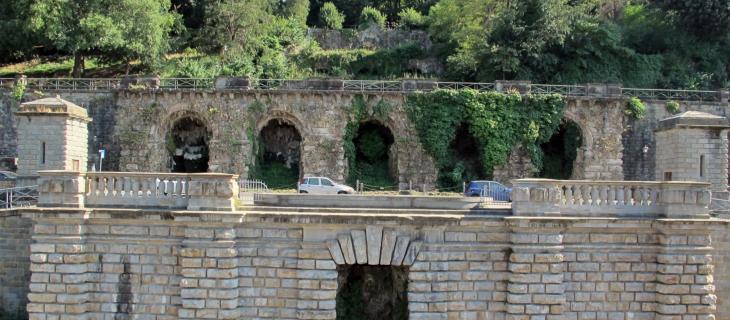 Giochi d'acqua sulle Rampe del Poggi a Firenze restaurati – In a Bottle