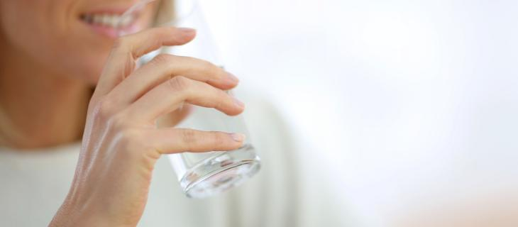 Bere Acqua la Mattina a Digiuno: i Benefici – In a Bottle