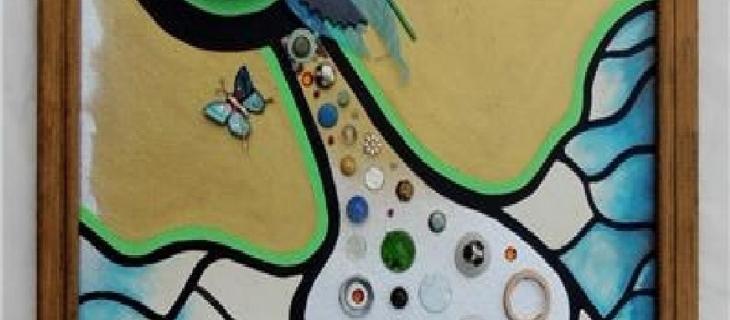 Elizabeth Moss, maestra di arte con oggetti riciclati