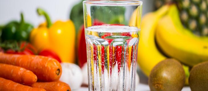 Giusta alimentazione e tanta acqua contro l'Alzheimer