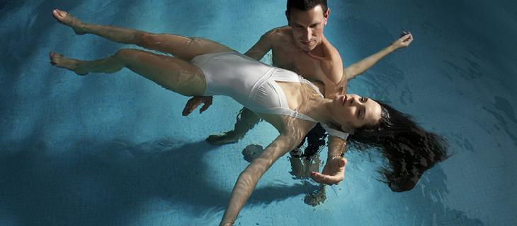 Watsu, il massaggio in acqua di Harold Dull