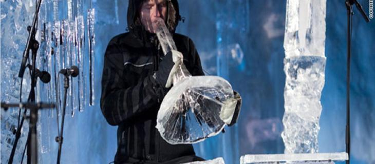 Isungset, l'artista che fabbrica strumenti musicali di ghiaccio