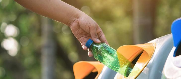 Da Bottiglia di Plastica a Filtri Molecolari: Riciclo– In a Bottle