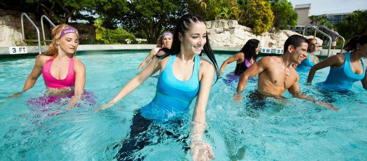 L'Aqua Zumba è il trend del fitness dell'estate