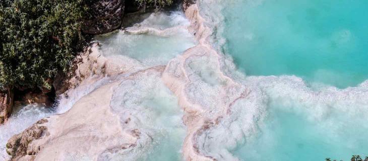 Piscine Turchesi di Millpu in Perù nella Ande un Paradiso Naturale – In a Bottle