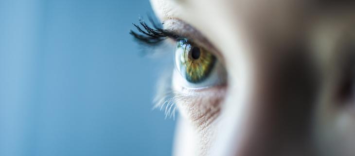 Perché in estate aumentano i disturbi della vista