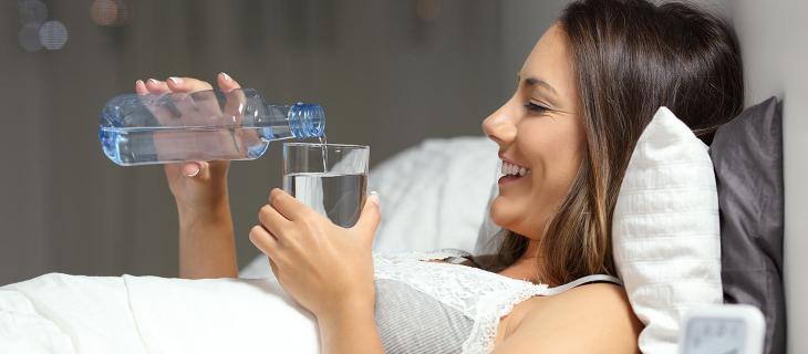 World Sleep Day, in che modo l'organismo durante la notte previene la disidratazione? - In a Bottle